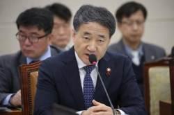 """박능후 """"국민연금이 부당하게 사기업에 개입, 절대 없을 것"""""""