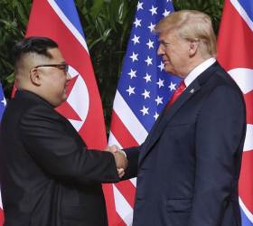 """<!HS>뉴욕<!HE>타임스 """"美-北 핵연료 생산 동결 논의"""""""