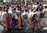 한국, 일본인이 꼽은 '비호감 국가' 3위에