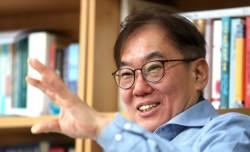 """김정탁 교수 """"스스로 '정의롭다' 는 정권은 정의롭지 않아"""""""