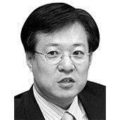 [중앙시평] 유시민의 알릴레오 vs 한국당의 아웃소싱