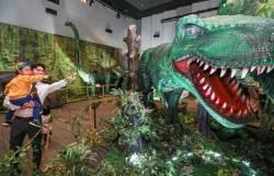 [경제 브리핑] 현대백화점 판교점서 공룡체험전