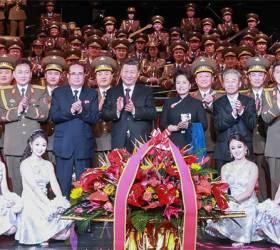 [사진] 시진핑 부부, <!HS>북한<!HE> 공연 관람