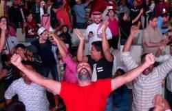[서소문사진관]응원 관중 입국 금지. 외로운 싸움서 승리한 카타르