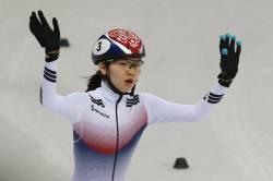 흔들림없는 심석희, 쇼트트랙 월드컵 1500m 준결승 진출