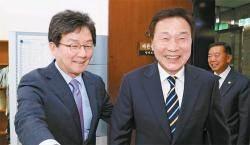 [강민석 논설위원이 간다] 칩거 끝낸 유승민 '보수' 부각, 손학규의 '중도진보' 제동