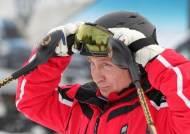 [서소문사진관]푸틴 대통령 '마초 기질' 이번엔 스키 선수로 변신