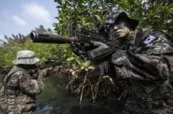 상륙함 1척에 장갑차까지···해병대, 태국서 연합훈련