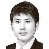 [취재일기] 욕설과 막말로 지지율 깎아먹는 한국당