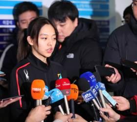 '왕따 <!HS>논란<!HE>' <!HS>김보름<!HE> 체전 1500m 우승