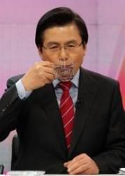 5·18 망언, 태블릿PC 조작설…소수극단에 휘둘리는 한국당