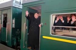 [서소문사진관]김정은, 김여정과 전용열차 타고 하노이로 출발, <!HS>이설주<!HE>는 안 보여