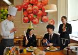 졸업생과 입학생은 호텔 뷔페 공짜랍니다