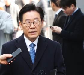 <!HS>이재명<!HE> '친형 <!HS>강제입원<!HE>' 재판서 대면진단 공방