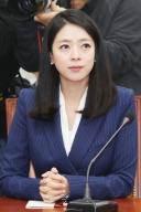 """MBC 지적한 배현진…""""뉴스데스크 시청률 1%가 뭡니까"""""""