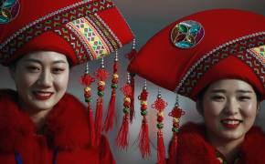 [서소문사진관] 좡족·먀오족·조선족… 베이징 인민대회당의 소수민족들