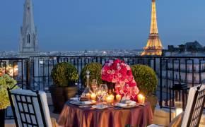 프랑스 정부가 인증한 럭셔리 호텔의 끝판왕