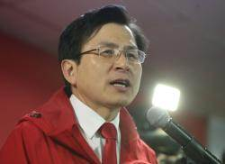 황교안은 '김학의'로, 나경원은 '반민특위'로 곤혹…한국당 '투톱' 시련의 계절