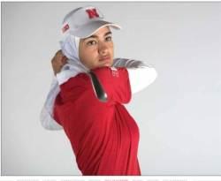 히잡 쓴 골프 선수