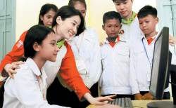 [<!HS>시선집중<!HE>] '아름다운교실' 캄보디아 등 아시아 전역으로 확대