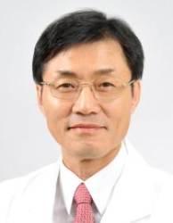 난소암·복막암 대가 박상윤 국립암센터 교수 국민훈장 수상