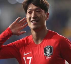 """'헤딩골' <!HS>이청용<!HE>, """"경쟁력 있다면 대표팀 계속온다"""""""