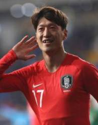 """'헤딩골' 이청용, """"경쟁력 있다면 대표팀 계속온다"""""""