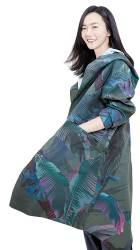 [High Collection] 간절기 꽃샘추위, <!HS>미세먼지<!HE>에도 거뜬 ! 디자인·기능성 겸비한 '웨더코트' 인기