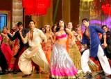 """살만해진 인도 """"<!HS>발리우드<!HE> 춤 지겨워""""···배곯는 댄서 늘어난다"""
