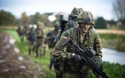'전차군단' 독일군, 종이호랑이 추락…빗자루 기관총에 조종사는 면허취소