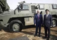 중국 견제 나선 일본·호주 군사협력, '사형제'에 삐걱