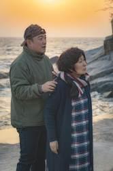 """'눈이 부시게' 감독 """"김혜자 치매 반전 돌 맞을 줄 알았는데"""""""