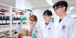 [제약 & 바이오] 올해는 글로벌 시장 진출 원년 … 해외 신약 임상, 생산기지 구축