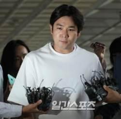 """강인, '정준영 단톡방' 연루 선 긋기..""""불법 영상물 촬영·유포한 사실 無"""""""