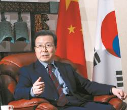 일본 근무 25년 청융화 키운 중국, 재팬스쿨 흔들리는 한국
