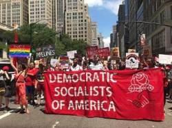 """""""사회주의자는 섹시해"""" '反자본'에 빠진 美 밀레니얼 세대"""