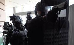 30kg 걸치고 14kg 방탄방패···'극한직업' 헌병 특임대