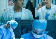 '어비스' 이성재, 두 얼굴의 천재 의사 '강렬한 존재감'