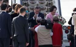 文대통령, 투르크메니스탄 도착…중앙亞 순방 일정 돌입