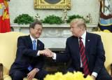 """트럼프가 강조한 무기 수출…미국 내에서도 """"과장된 계산법"""""""