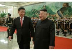 """김정은, 트럼프 보란 듯 """"시진핑과 가장 진실한 동지적 관계"""""""