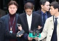 """정준영ㆍ최종훈 '집단 성폭행' 혐의 추가되나…경찰 """"녹음파일과 사진 확보"""""""