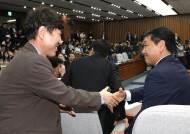 [속보] 바른미래당, 선거제·공수처 패스트트랙 '12대 11' 과반 찬성 추인