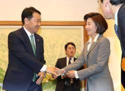 """나경원의 이간계? """"김관영, 민주당에 갈 수도 있다고 말해"""""""