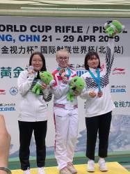 공기소총 권은지, 베이징 <!HS>월드컵<!HE>사격대회 은<!HS>메달<!HE>