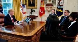 트럼프, 트위터 CEO 만나 '내 팔로워 왜 줄어드나' 따져