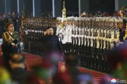 [서소문사진관] 김정은 위원장 열차타고 러시아로, 25일 푸틴과 회담