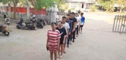 """중국 공안 """"처벌 면제"""" 내걸자…지명수배자들 줄 서서 자수"""
