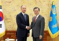 """러, 북 비핵화 과정 """"中과 공동행동""""…文 """"미국과 협의이뤄져야"""""""