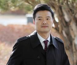 '공익신고자' 김태우 전 수사관, 검찰은 공무상 비밀누설 혐의로 기소